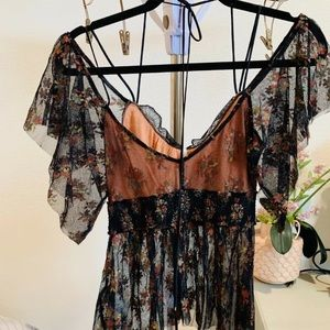 Free People Tops - Free people flutter sleeve blouse